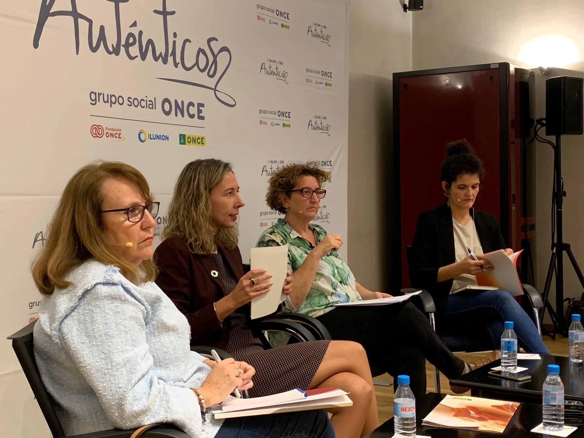 De izd. a dcha: Mayte Antona, Patricia Sanz, Marisa Kohan y Patricia Costa