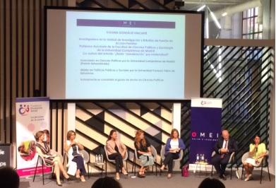Participantes de la mesa redonda ¿Existe 'penalización' por maternidad?