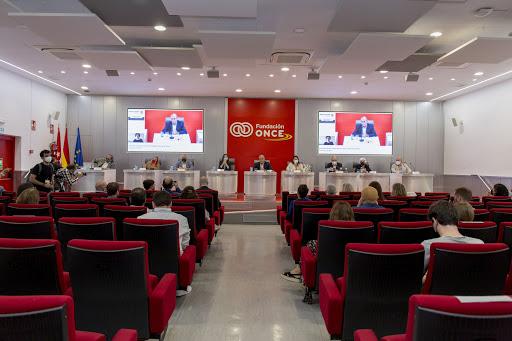 Asamblea de la PTS presidida por Belarra en Fundación ONCE