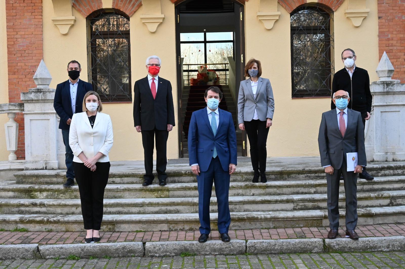 Representantes de las entidades que conforman la PTSCYL