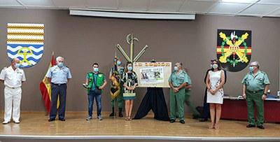 Foto de familia de la presentación en Almería del cupón dedicado a La Legión