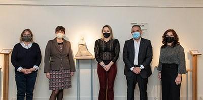 Un momento de la inauguración de la exposición de Alicia Rubio en el Museo Tiflológico