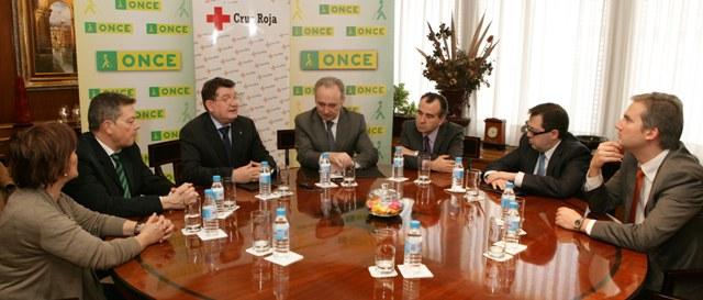 Reunión en Dirección General con Cruz Roja