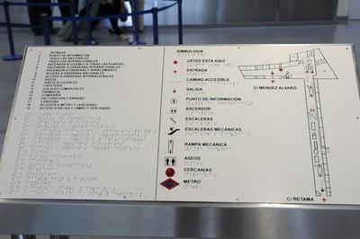 Encaminamiento de un edificio adaptado al braille