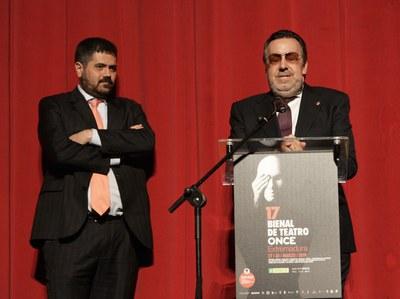 Miguel Carballeda y Fernando Iglesias en la inauguración 17 Bienal Teatro ONCE