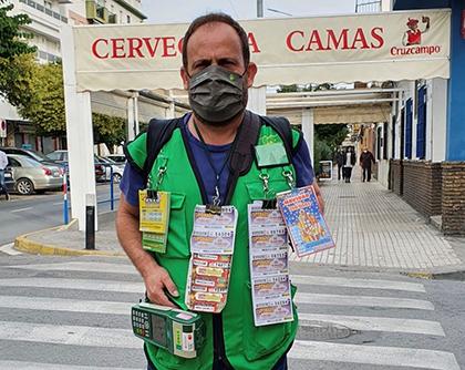 Juan Carlos Cañas, vendedor que ha dado un premio de Mi día en Camas