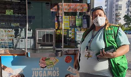 Lorena Gómez Castellano, vendedora de la ONCE en Algeciras