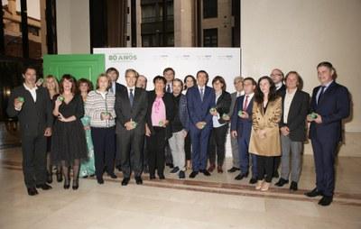 Premiados y autoridades Solidarios Asturias 2018
