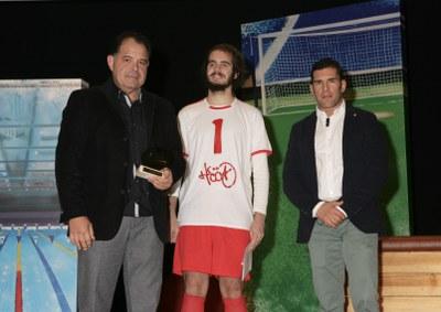 Julio Santodomingo tras recoger el premio