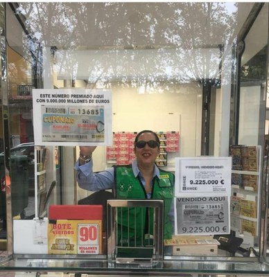 Vendedora del Cuponazo en Xativa, Mercedes Iborra