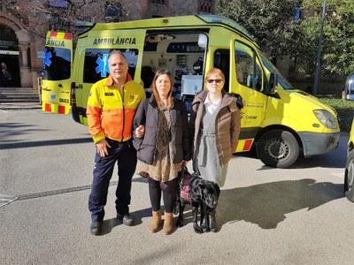 Presentación sistema retención perros en ambulancias
