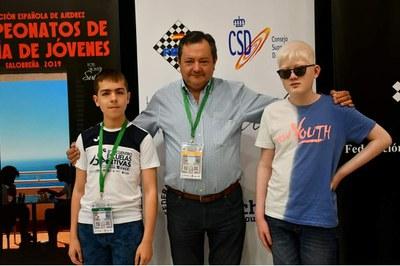Aarón San Juan y Albert Morales en la enytrega de premios del campeonato de España de 2019