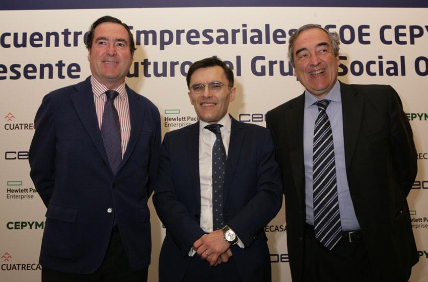 Alberto Durán junto a Juan Rossell y Antonio Garamendi en encuentro empresarial CEOE-Cepyme