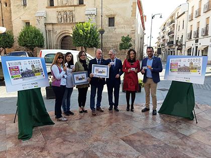 Foto de familia de la presentación del cupón dedicado a Antequera, Premio Reina Letizia de Accesibilidad