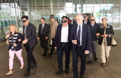 Los responsables del transporte público realizan un traslado a ciegas