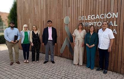 Foto de familia con todos los miembros del jurado de los Premios Solidarios ONCE La Rioja 2019