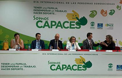 Mesa presidencial del acto del Día Internacional de las Personas con Sordoceguerala