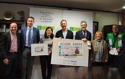 Foto de familia de la presentación del cupón de la ONCE dedicado a los 800 años de la Casa de Ganaderos de Zaragoza