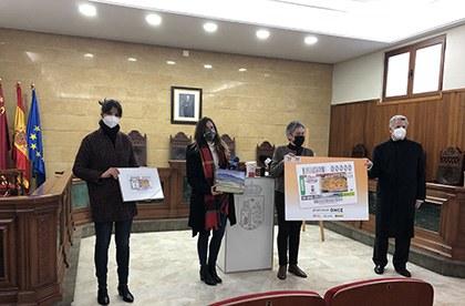 Foto de familia de la presentación del cupón dedicado al arroz con costillejas