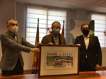 Presentación del cupón dedicado al Complejo Asistencial Universitario de Burgos