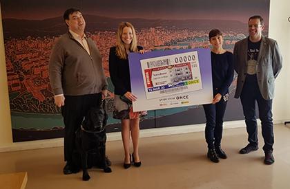 Presentación del cupón de la ONCE dedicado al Teatro Bretón de Logroño