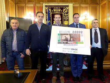 Presentación del cupón de la ONCE dedicado al II Certamen de la Trufa de Salvacañete
