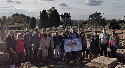 Foto de familia de la presentación del cupón dedicado a Alcudia