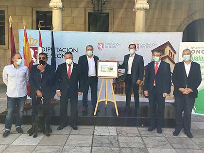Foto de familia de la presentación del cupón dedicado a la lucha leonesa