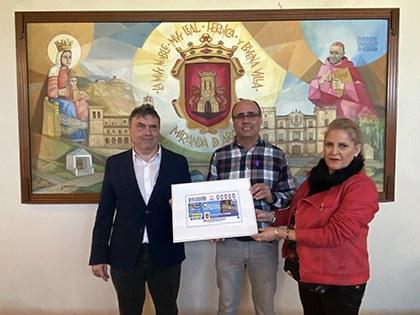 Presentación del cupón de la ONCE dedicado a la torre del reloj de Miranda de Arga