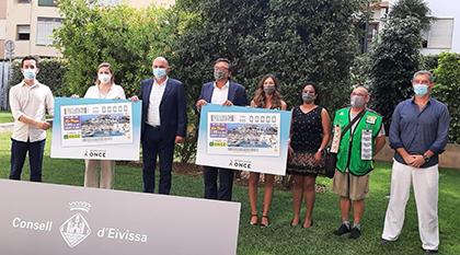 Foto de familia de la presentación del cupón dedicado a las Festes de la Terra