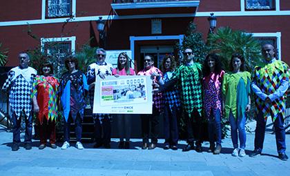Presentación del cupón de la ONCE dedicado a la Fiesta de los Mayos de Alhama de Murcia