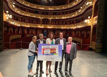 Presentación del cupón de la ONCE dedicado al Teatre Municipal de Girona