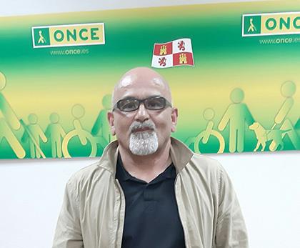 Luis Antonio Luis Ramos, vendedor que ha dado La Paga del cupón en la Comarca del Cerrato