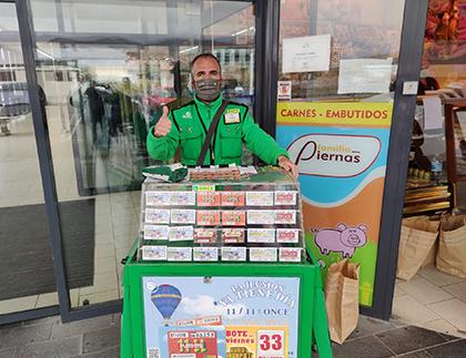 Fernando Sánchez, vendedor de la ONCE que ha repartido 350.000 euros en Baza