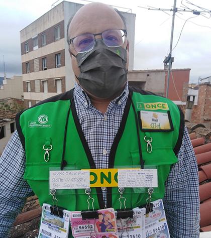 Raúl Valiente, vendedor de la ONCE que ha dado el Cuponazo