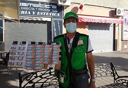 Luis Nuñez Nieto, vendedor que ha llevado la suerte a La Puebla del Río