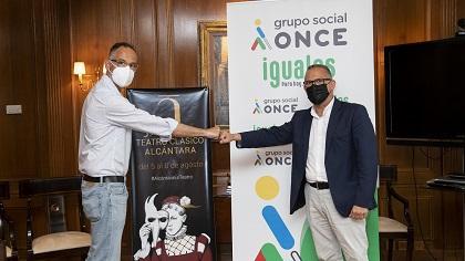 Francisco Palomino y Ángel Luis Gómez en la firma del acuerdo