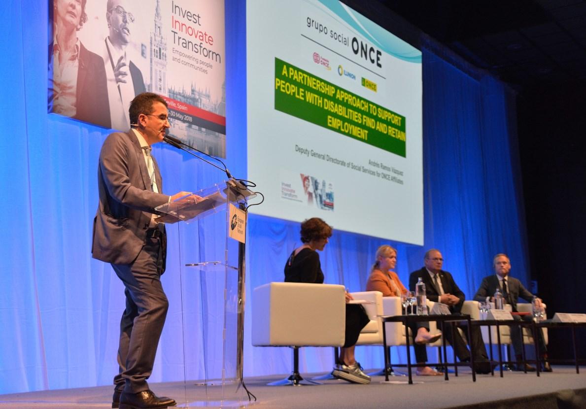 Andrés Ramos durante su intervención en el Congreso Congreso Europeo de Servicios Sociales