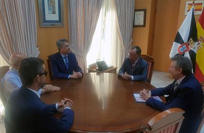 Reunión de los responsables de la ONCE en Andalucía y Ceuta, con Juan Jesús Vivas