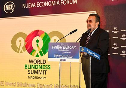 Miguel Carballeda, presidente del Grupo Social ONCE, durante su intervención en el Forum Europa