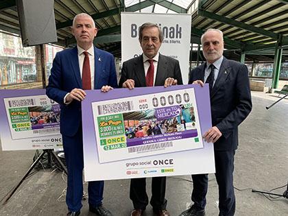 Presentación del cupón de la ONCE dedicado al Mercado de Gernika Lumo