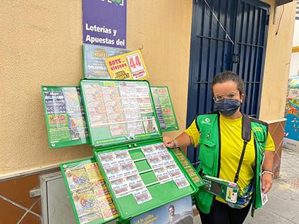 María Ángeles Pérez, vendedora de la ONCE en Barbate