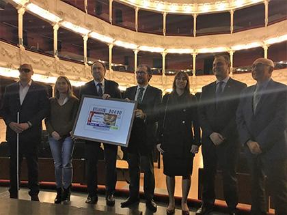 Presentación del cupón de la ONCE dedicado al Teatro Principal de Palencia