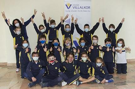 Escolares ganadores de la categoría A del Colegio Villalkor de Alcorcón (Madrid)