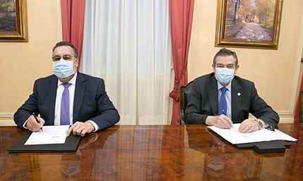 Firma del acuerdo entre Grupo Social ONCE y FESBAL