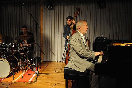 Ignasi Terraza Trío durante una actuación