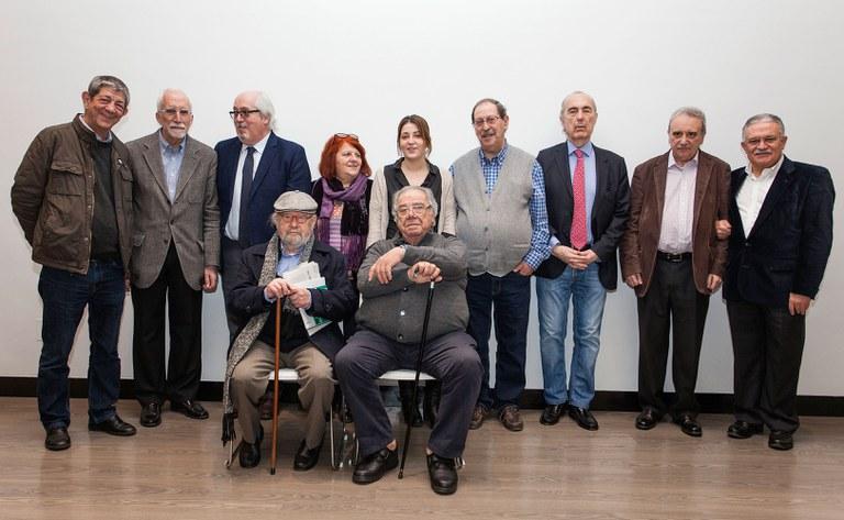 Foto de familia de los Jurados Tiflos de Literatura 2017