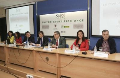 Mesa de la presentación de EDICO