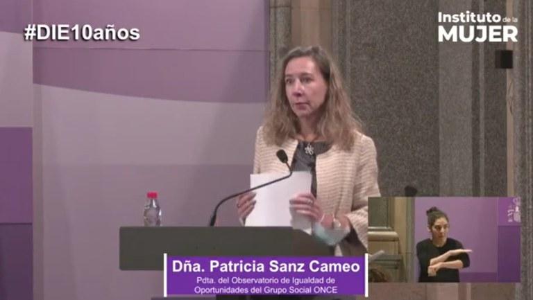 Patricia Sanz en su intervención tras recoger el DIE