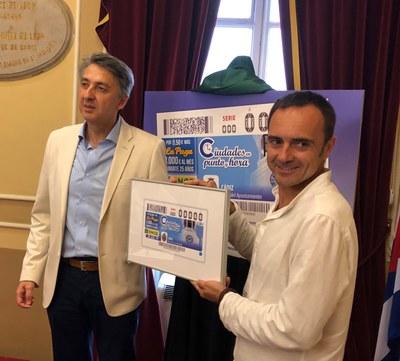 Presentación del cupón del 24 de julio dedicado al reloj de Jerez de la Frontera